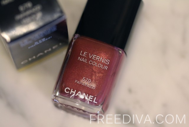 Chanel Nail Colour in 579 Paparazzi