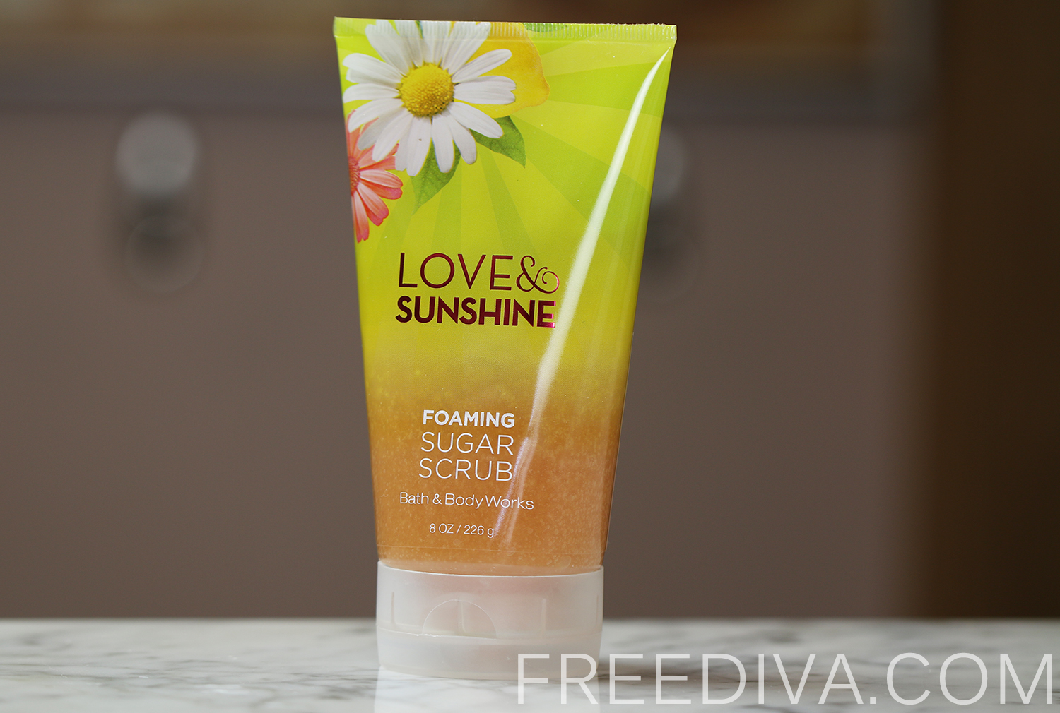 Love & Sunshine Foaming Sugar Scrub Bath & Body Works