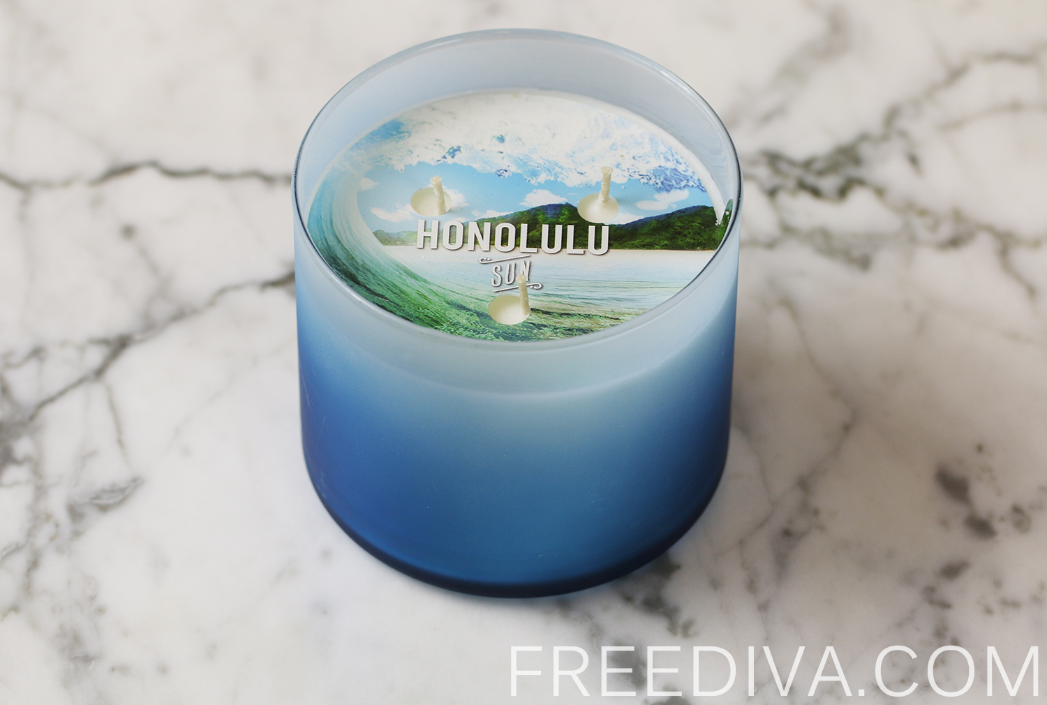 Honolulu Sun 3-Wick Candle Bath & Body Works