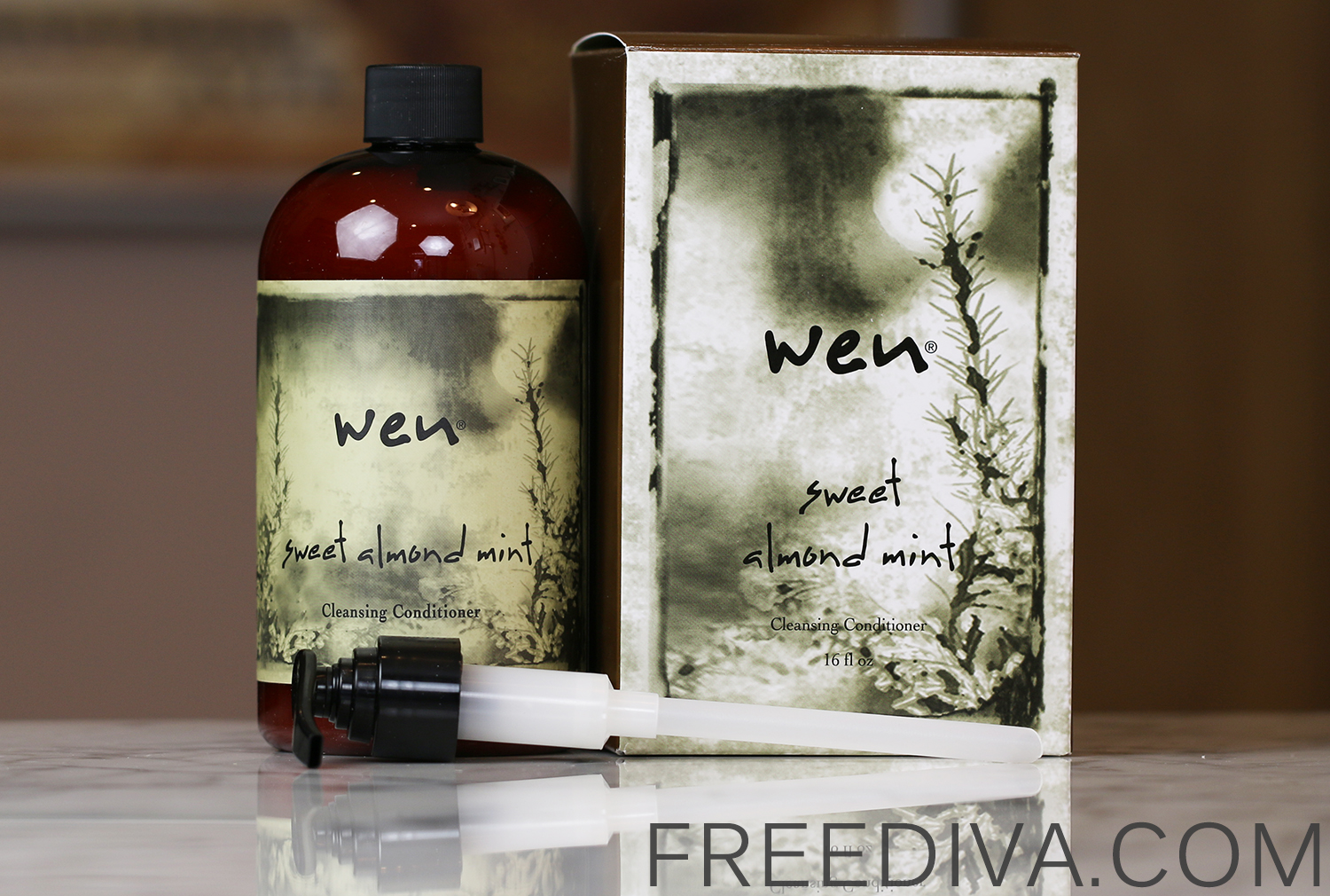 WEN by Chaz Dean Sweet Almond Mint Cleansing Conditioner