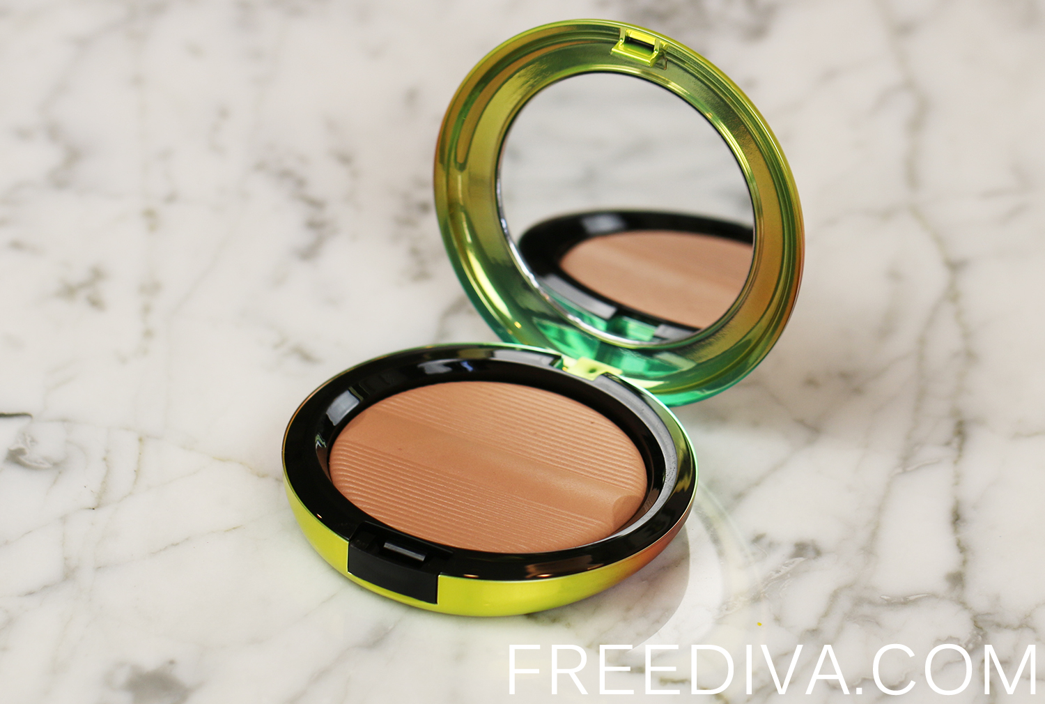 MAC Golden Rinse Studio Sculpt Defining Bronzing Powder Wash and Dry Collection